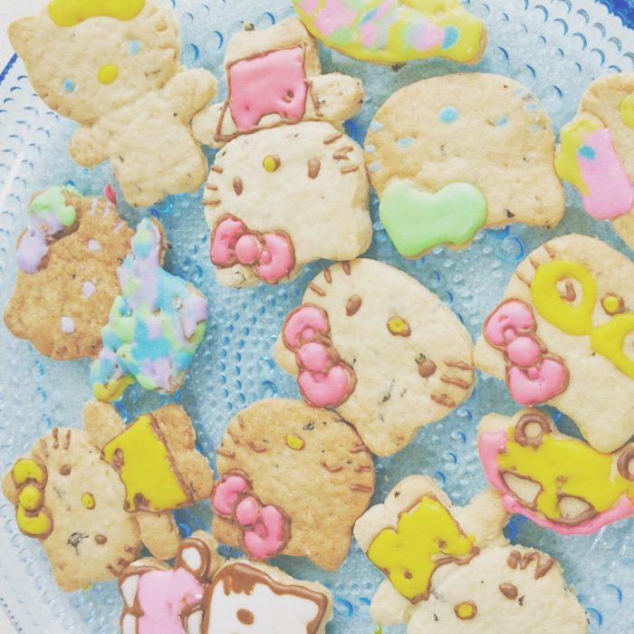 キティちゃんのアイシングクッキー